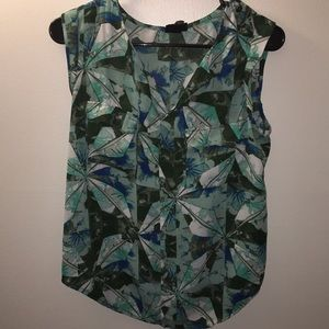 Mossimo Pattern Tank with cute shoulder detail